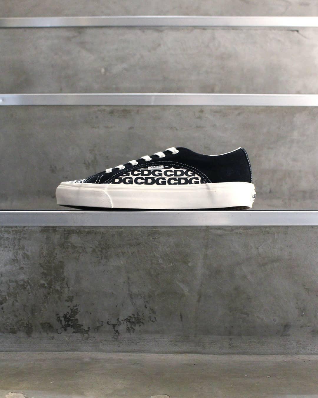 COMME des GARÇONS x Vans Lampin Le Site de la Sneaker