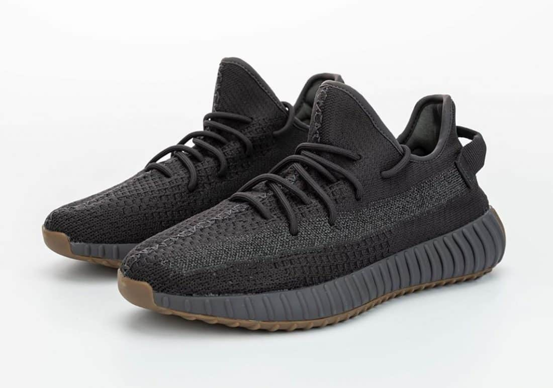 Une adidas Yeezy Boost 350 V2