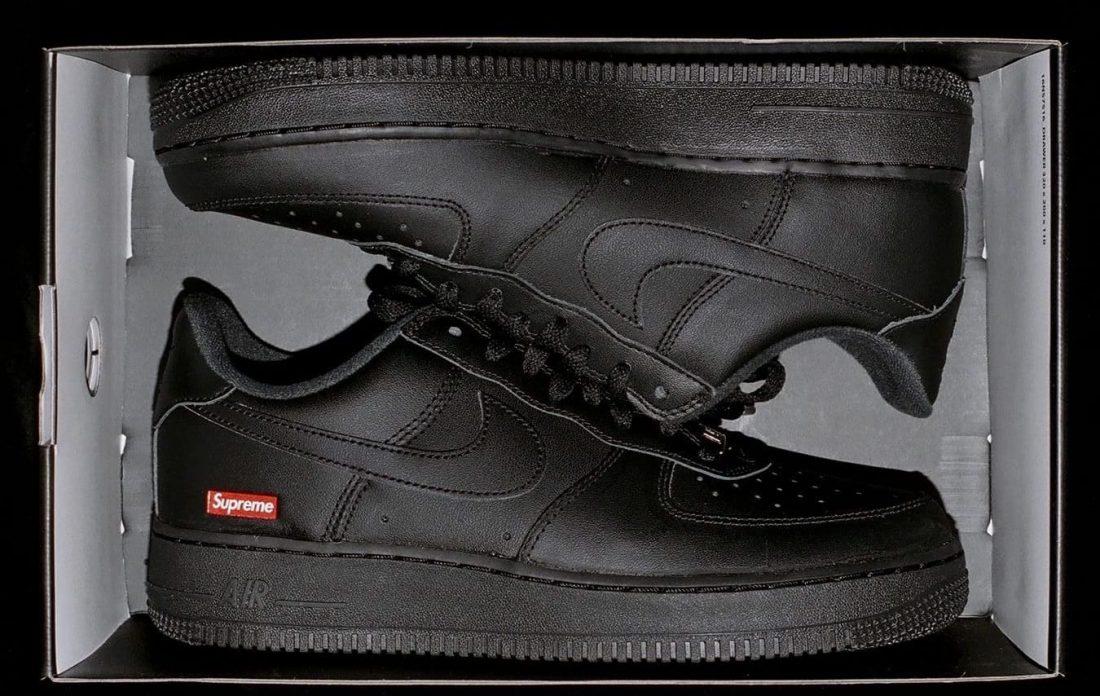 Supreme x Nike Air Force 1 Low White & Black - Le Site de ...
