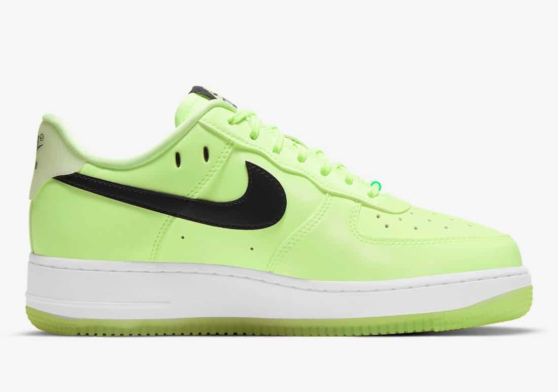 """Nike Air Force 1 Low """"Have A Nike Day"""" Barely Volt"""