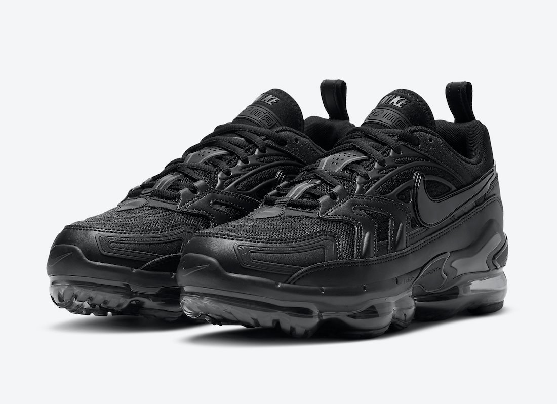"Nike Air VaporMax EVO ""Triple Black"""