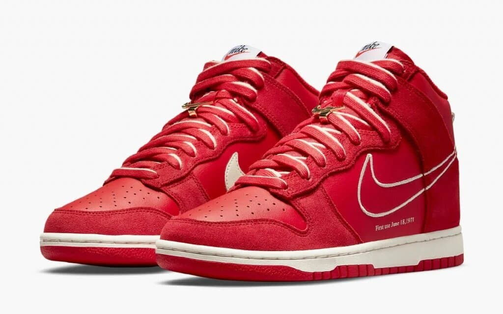Nike Dunk High First Use « University Red »