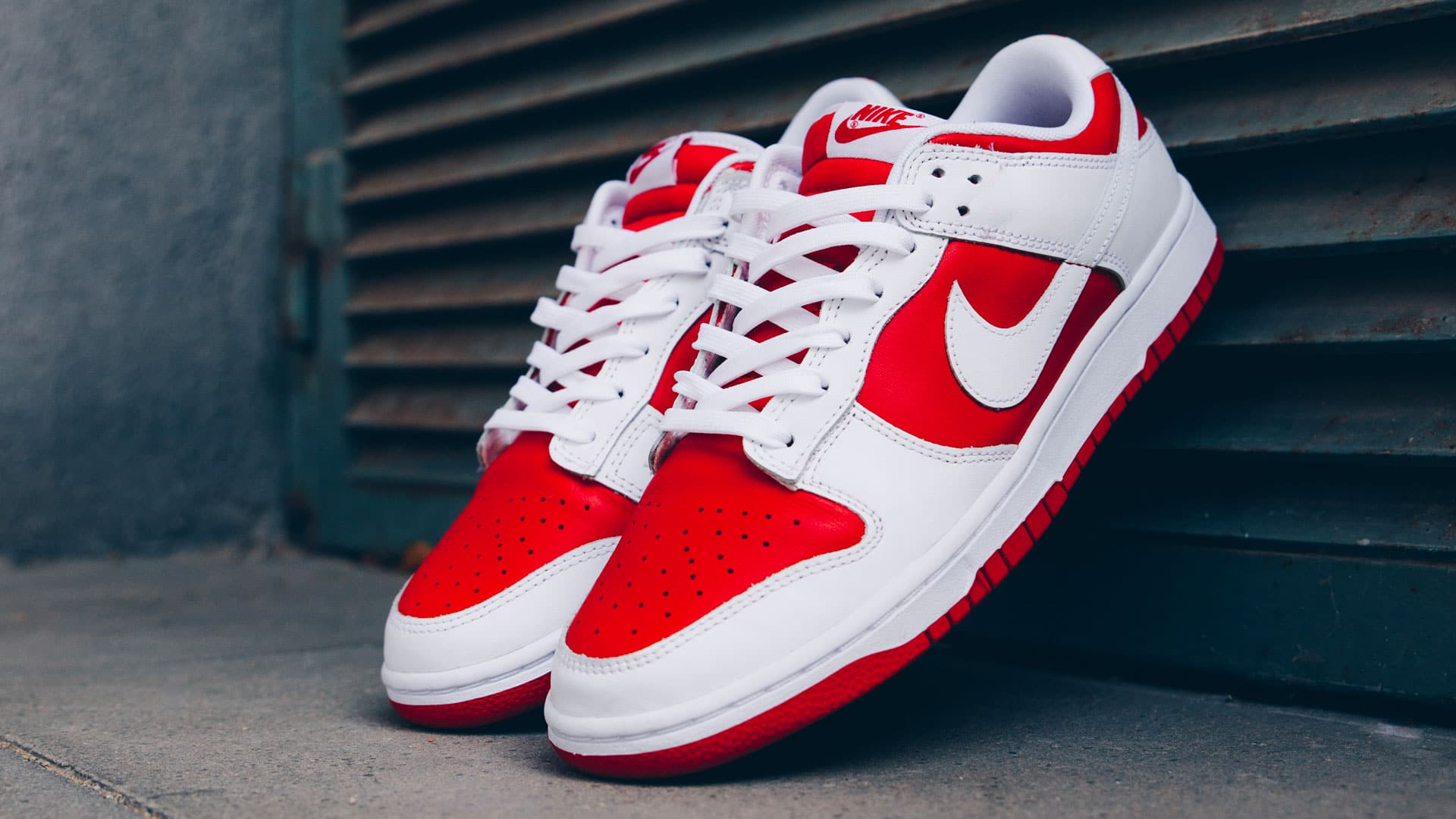 nike dunk low university red dd1391 600 feat